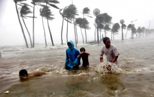 Tajfun_Nesat_nakryl_Filippiny_12
